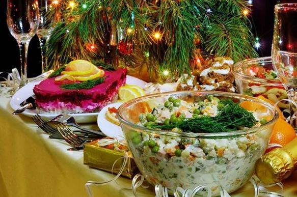 Диетолог Минздрава рассказал о правильном питании в новогоднюю ночь