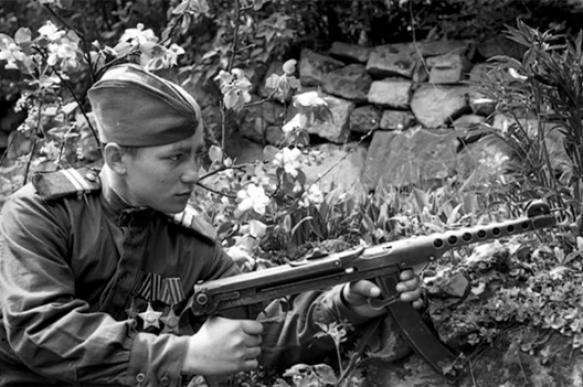 Оружие Победы: пистолет-пулемет Судаева
