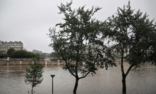 Наводнение отступает: В Париже открываются музеи
