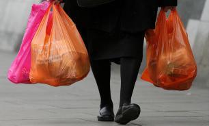 Уголовницы отобрали у пожилой женщины пакеты с едой