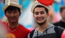 Живущая за счет мигрантов Киргизия начала борьбу с русским языком
