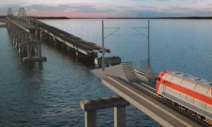 Железную дорогу из Тамани в Крым проложили уже наполовину