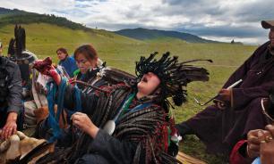 Бурятские шаманы возмутились обрядом сожжения верблюдов в поддержку России