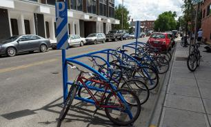 Новый вид парковок для самокатов и велосипедов появится в столице