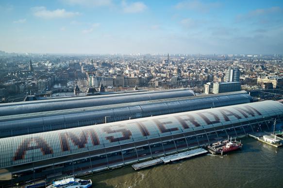Картины заменят рекламу в центре Амстердама