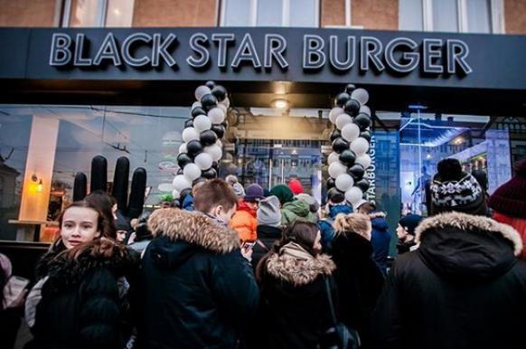 В Бишкеке откроется Black Star Burger