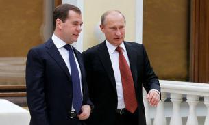 Путин заработал в прошлом году на 1,3 млн меньше, чем Медведев