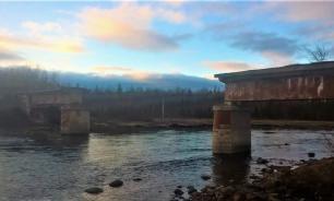 В Мурманской области пропал огромный железный мост