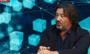 Who is mister Шульгин: Работу - роботам, а жизнь – людям