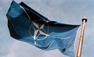 Страх перед Россией - основа существования НАТО - эксперт