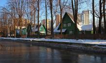 В Москве подешевели частные дома