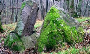 Камень лжи убил неверную жену