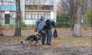 В Волоколамском районе полицейские кинологи рассказали школьникам о своей работе