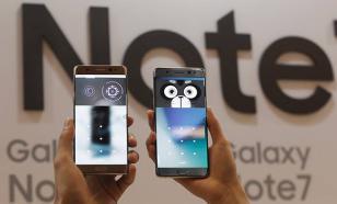 Взрывы батарей смартфонов остановили Samsung