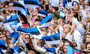 Опрос: 22% граждан Эстонии моложе 25 лет зарабатывают свыше 1200 евро