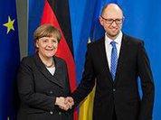 Яценюк посоветовал Меркель готовиться к войне