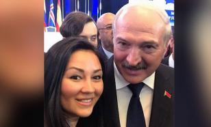 """Историческое селфи"" с Лукашенко сделала сотрудница минского офиса ОБСЕ"
