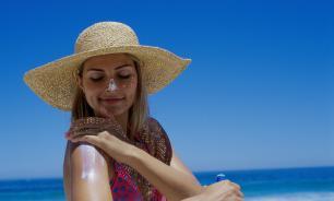 Солнцезащитный крем назвали самой ненужной вещью на отдыхе