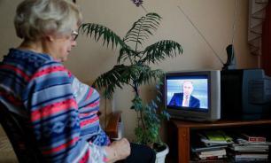 """""""Левада-центр"""": россияне стали меньше доверять телевидению"""