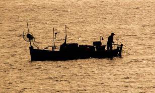 Белорус попытался уплыть из Украины в Южную Америку на самодельной лодке. ВИДЕО