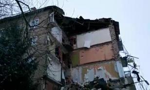 Жильцы рухнувшего дома спаслись благодаря героизму соседа