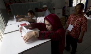В Индонезии во время выборов умерли более 270 работников избирательных комиссий