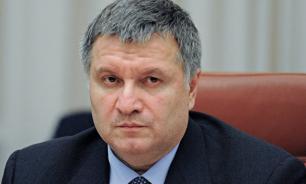 """Глава МВД Украины признал """"персональную ответственность"""" за убийство ребенка полицейским, но не уйдет в отставку"""