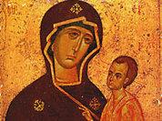 Тихвинская святыня будет гостить в Москве