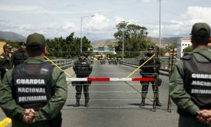 Венесуэла стягивает военных к границе с Колумбией