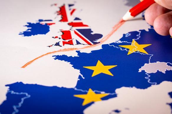Европарламент согласился еще раз отсрочить Brexit