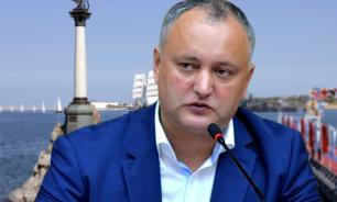 Президент Молдавии уволил ослушавшегося его замминистра обороны