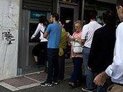 В четверг, 18 июня, греки сняли со своих банковских счетов около миллиарда евро