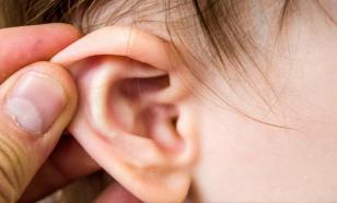Средний отит может привести к потере слуха