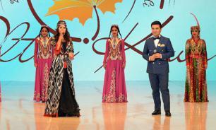 Узбекским певцам запретили сниматься полуголыми, в тату и в роскоши