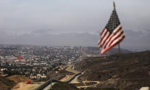 МИД Мексики обвинил патрули США в вымогательствах у мигрантов