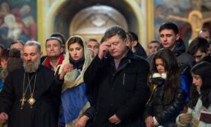 Порошенко помолился в храме ПЦУ перед голосованием на выборах
