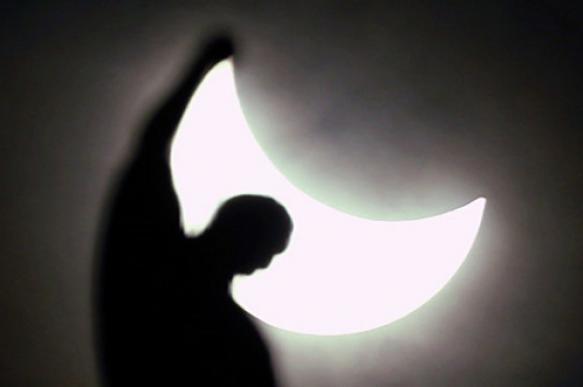 Как солнечное затмение влияет на организм человека — Владимир ФАЙНЗИЛЬБЕРГ