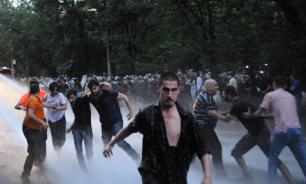Западу не удастся запутать Армению