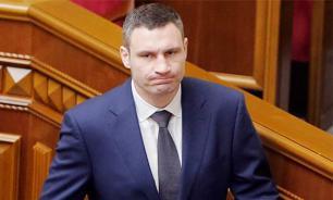 Кличко поразил дух украинской армии и асфальт на улицах Киева после парада