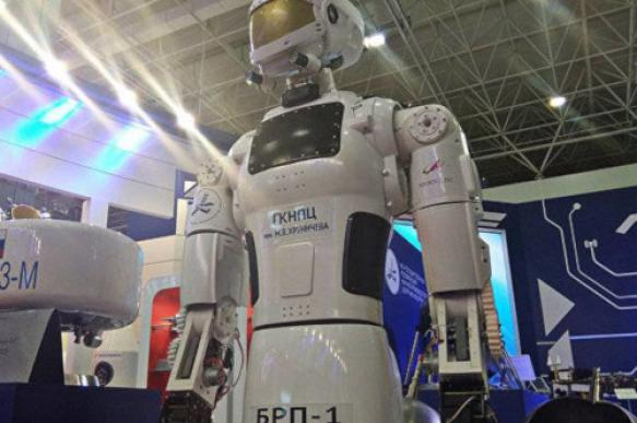"""Новинки робототехники: В стиле РУРа и """"Звездных войн"""""""