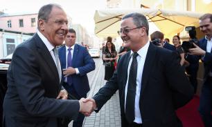 Лавров и посол Швейцарии обменялись русскими пословицами