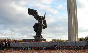 Новый мэр Риги пообещал спасти памятник Освободителям