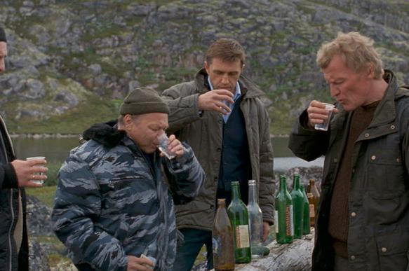 """Baijiahao: русские """"любят алкоголь больше, чем жизнь"""", и пьют ежедневно"""