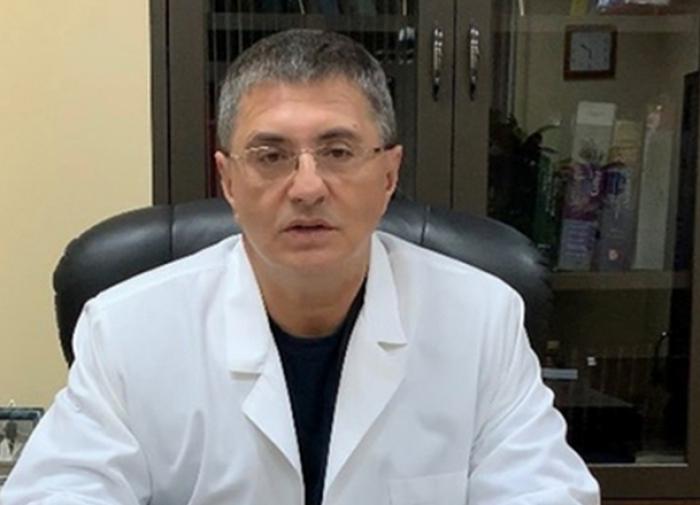 Доктор Мясников прокомментировал новые ограничения по COVID-19 в Москве