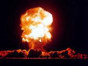 Мельница заблуждений: первая атомная бомба