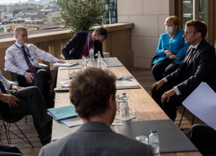 Саммит лидеров ЕС по пакету помощи пострадавшим от COVID зашел в тупик
