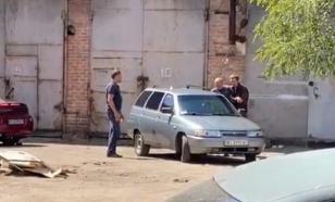 На Украине мужчина захватил в заложники полковника полиции