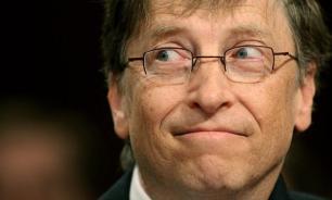 Билл Гейтс впервые опустился на третье место в списке миллиардеров