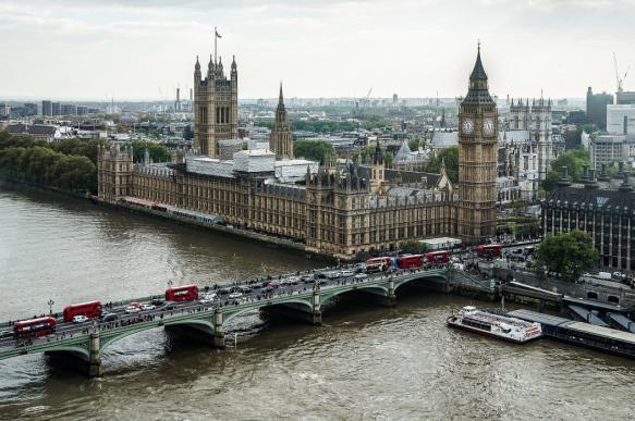 """Bloomberg: британский парламент не смог доказать """"вмешательство РФ"""""""