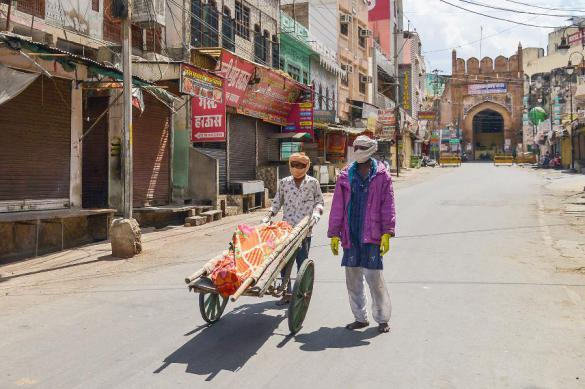 Почти 20 тысяч человек больны коронавирусом в Индии